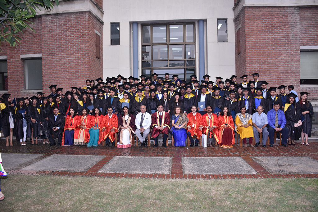 What Makes IILM Alumni the Quick-Picks by the Employers